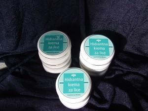 Hidrantna krema omekšava finu kožu lica, regeneriše je i osvežava